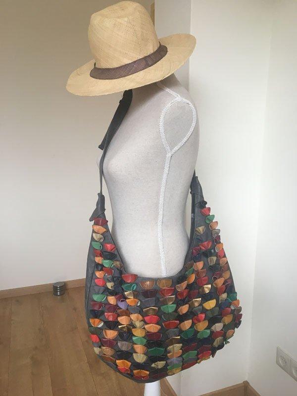2e24a835412 GlimlachTassen | Zelfgemaakte leren tassen uit Gouda